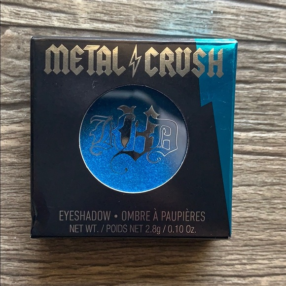 Kat Von D Other - ⭐️3/$13⭐️ Kat Von D Metal Crush Eyeshadow
